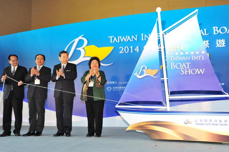 台灣國際遊艇展開啟高雄遊艇產業新紀元。(圖∕鮑忠暉 攝)