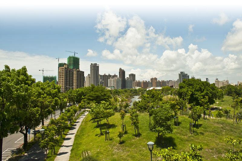 近年來市府戮力於城市綠美化,深獲各界肯定。(圖∕李士豪 攝)