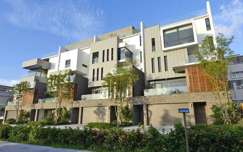 高雄市政府積極鼓勵民間興建高雄厝綠建築。(圖∕張簡英豪 攝)