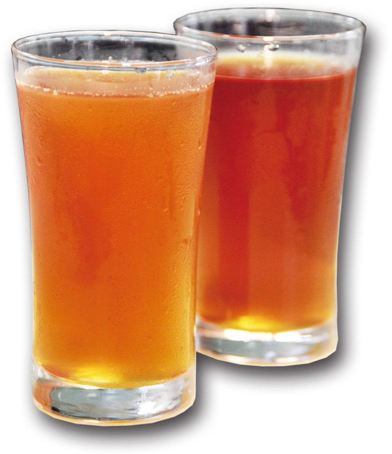 冬瓜檸檬茶(左)和冬瓜茶原味(右) Winter melon drink with lemon juice(left)and original favor(right)