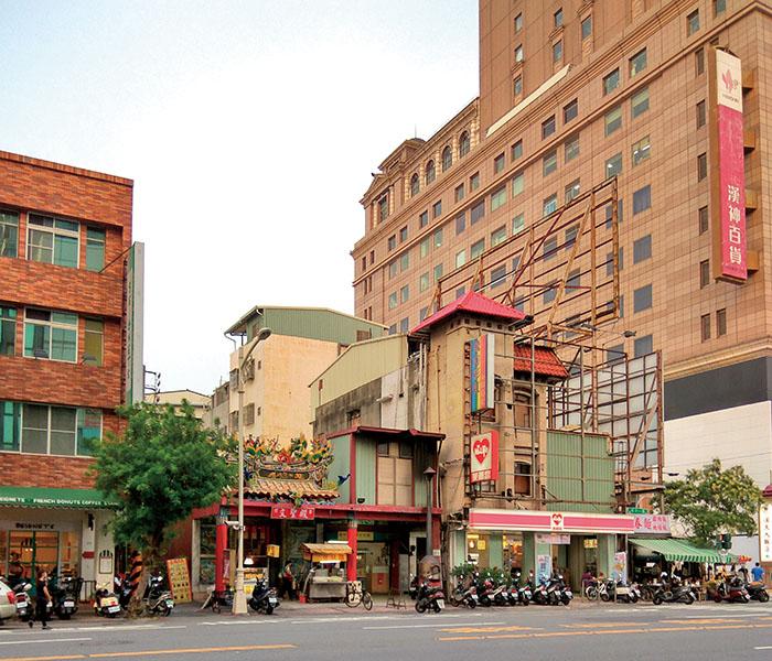 文聖殿訴說澎湖社仔的文化歷史。Cianjin's Saint of Culture Temple has long been associated with migrants from Penghu who settled in Kaohsiung.