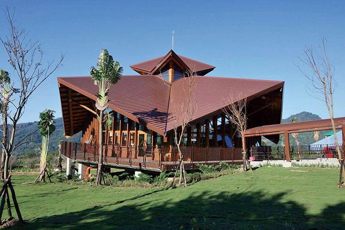 圖書館外觀是曼陀羅花造型 Datura flower shaped library