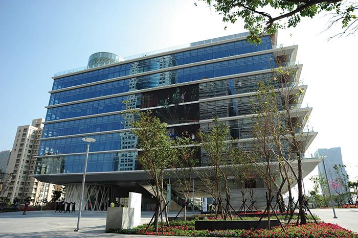 高雄市立圖書館總館 Kaohsiung Main Public Library