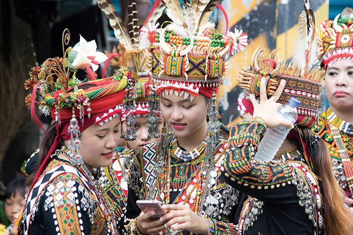部落的年輕世代 The younger generation in Maolin